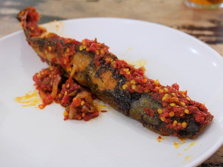 kalori ikan keli goreng