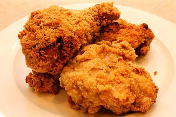Kalori Ayam Goreng Dada Kaloria
