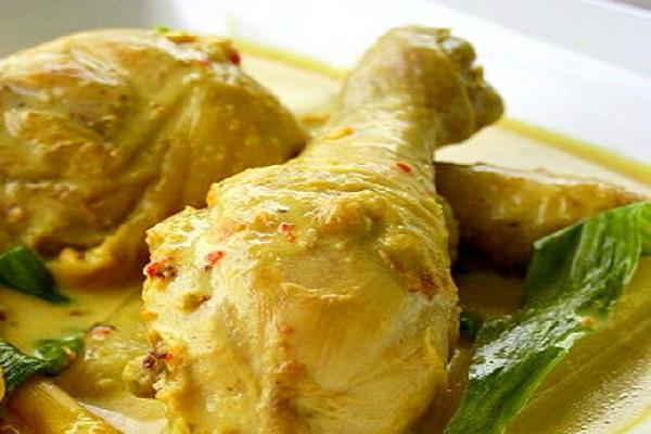 Kalori Ayam Masak Lemak Cili Api Lauk-Pauk